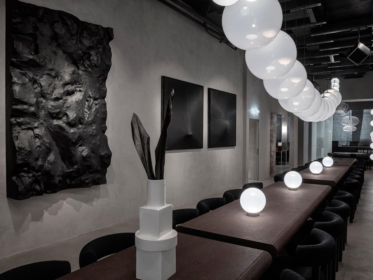 Tom Dixon – The Manzoni, el restaurante donde todo esta en venta